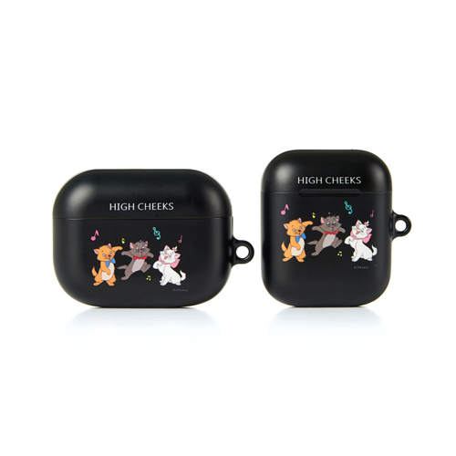 Playing Aristocats Airpod Case